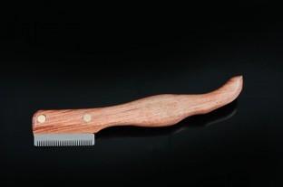Ergonomisch geformtes Trimmmesser - feine Zahnung